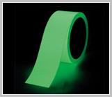 高輝度蓄光ステッカー 「α-FLASH」